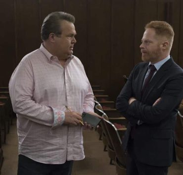 "MODERN FAMILY - ""A Sketchy Area"" - Phil stumbles into an exciting new career after dropping by Luke's college; while Claire deals with her dad, Jay, and the merger of Pritchett's Closets with a tech-savvy, hipper company. Meanwhile, Mitch's new high-profile case as an assistant district attorney is marred by an unflattering courtroom sketch by the resident artist (Dan Levy), on ""Modern Family,"" WEDNESDAY, OCT. 10 (9:00-9:31 p.m. EDT), on The ABC Television Network. (ABC/Eric McCandless) ERIC STONESTREET, JESSE TYLER FERGUSON"