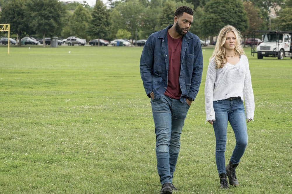 "CHICAGO P.D. -- ""Bad Boys"" Episode 603 -- Pictured: (l-r) LaRoyce Hawkins as Kevin Atwater, Tracy Spiridakos as Hailey Upton -- (Photo by: Matt Dinerstein/NBC)"