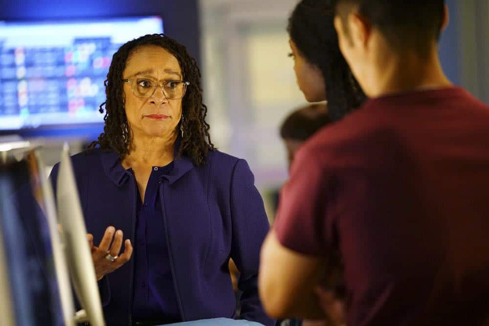 "CHICAGO MED -- ""Heavy Is The Head"" Episode 403 -- Pictured: S. Epatha Merkerson as Sharon Goodwin -- (Photo by: Elizabeth Sisson/NBC)"