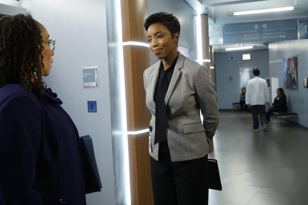 "CHICAGO MED -- ""Heavy Is The Head"" Episode 403 -- Pictured: (l-r) S. Epatha Merkerson as Sharon Goodwin, Heather Headley as Gwen Garrett -- (Photo by: Elizabeth Sisson/NBC)"