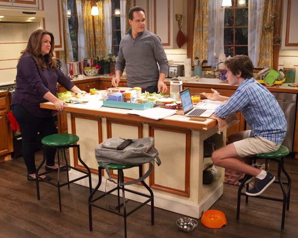 AMERICAN HOUSEWIFE Season 3 Episode 3 Cheaters Sometimes Win 11