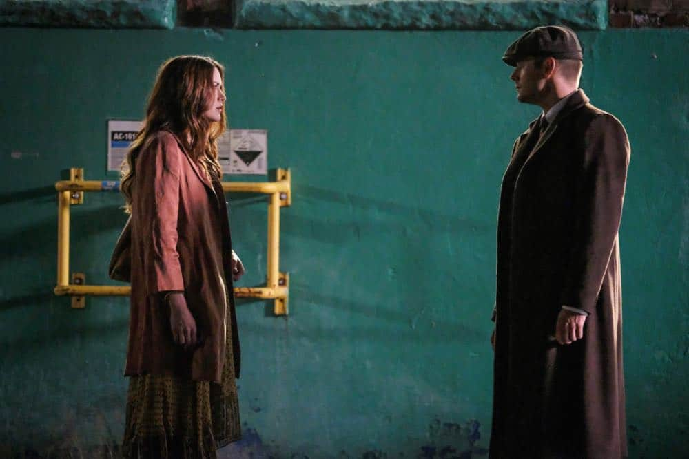 "Supernatural -- ""Stranger in a Strange Land"" -- Image Number: SN1401a_0100b.jpg -- Pictured (L-R): Danneel Ackles as Anael and Jensen Ackles as Dean/Michael -- Photo: Bettina Strauss/The CW -- © 2018 The CW Network, LLC All Rights Reserved"