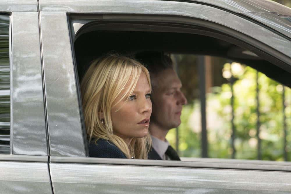 "LAW & ORDER: SPECIAL VICTIMS UNIT -- ""Revenge"" Episode 2004 -- Pictured: (l-r) Kelli Giddish as Detective Amanda Rollins, Peter Scanavino as Dominick ""Sonny"" Carisi -- (Photo by: Barbara Nitke/NBC)"