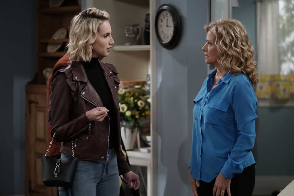 "LAST MAN STANDING: L-R: Molly McCook and Nancy Travis in the ""Giving Mike The Business"" episode of LAST MAN STANDING airing Friday, Oct. 12 (8:00-8:30 PM ET/PT) on FOX. © 2018 FOX Broadcasting. CR: Michael Becker / FOX."