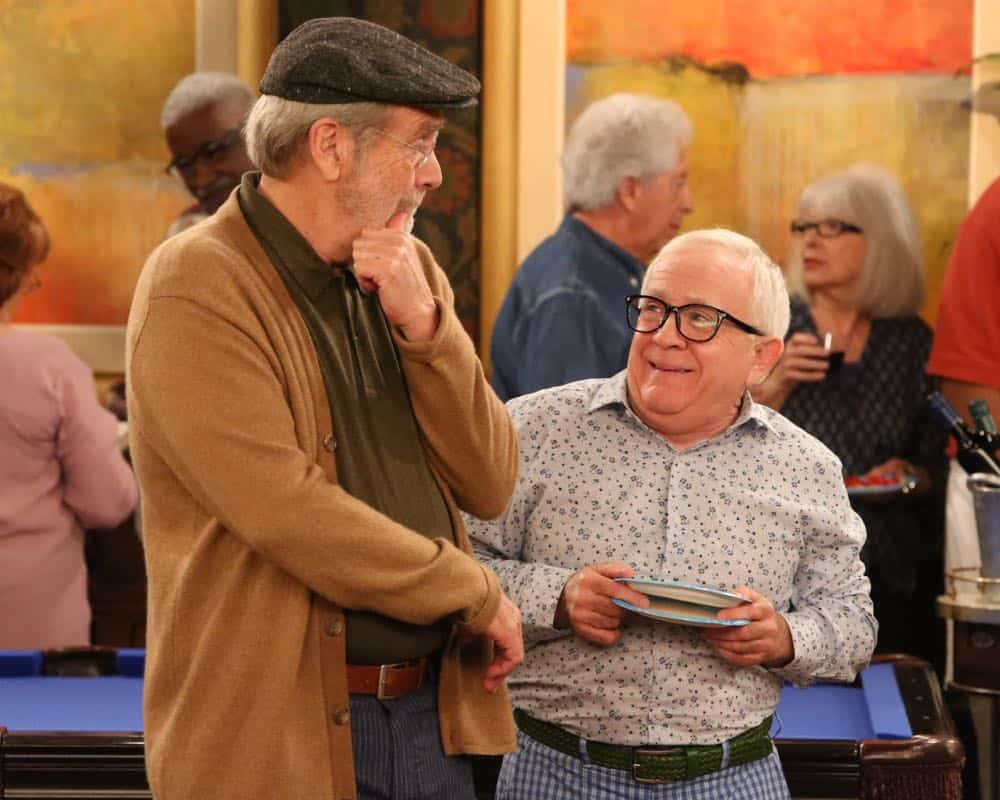"THE COOL KIDS: L-R: Martin Mull and Leslie Jordan in the ""A Date With Destiny"" episode of THE COOL KIDS airing Friday, Oct. 12 (8:30-9:00 PM ET/PT) on FOX. ©2018 Fox Broadcasting Co. Cr: Patrick McElhenney/FOX"