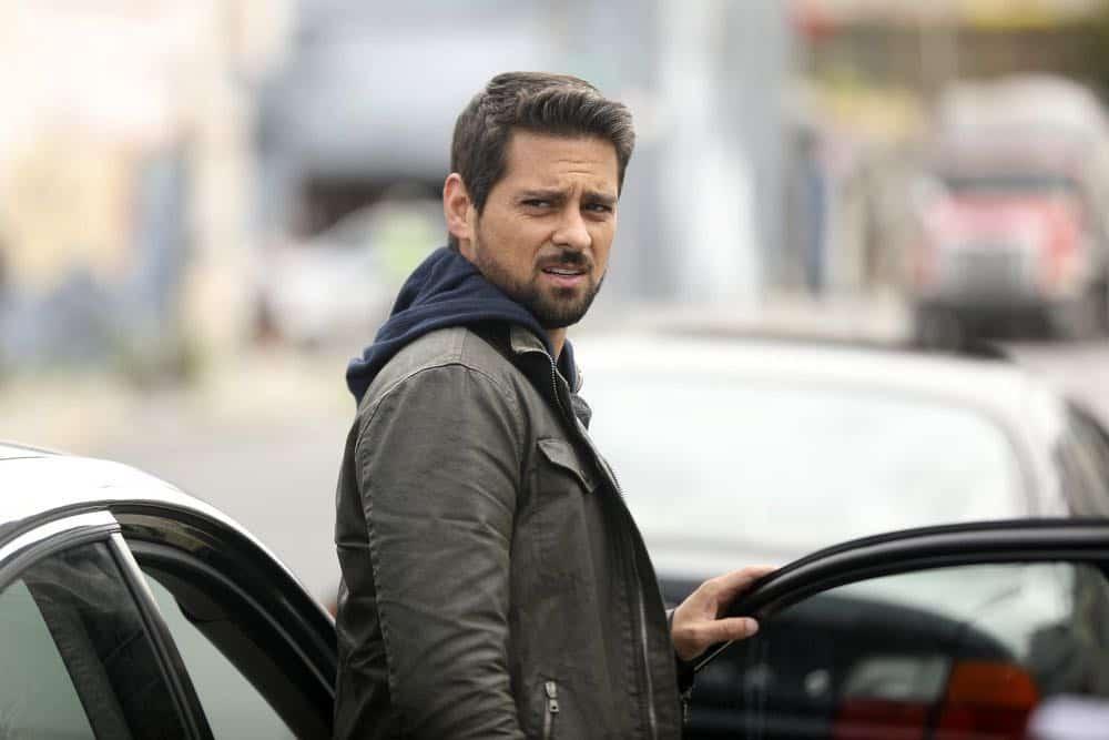 """MANIFEST -- """"Unclaimed Baggage"""" Episode 104 -- Pictured: J.R. Ramirez as Det. Jared Vasquez -- (Photo by: Craig Blankenhorn/NBC/Warner Brothers)"""