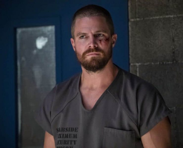 "Arrow -- ""Inmate #4587"" -- Image Number: AR701B_0162b.jpg -- Pictured: Stephen Amell as Oliver Queen/Green Arrow -- Photo: Jack Rowand/The CW -- © The CW Network, LLC. All rights reserved."