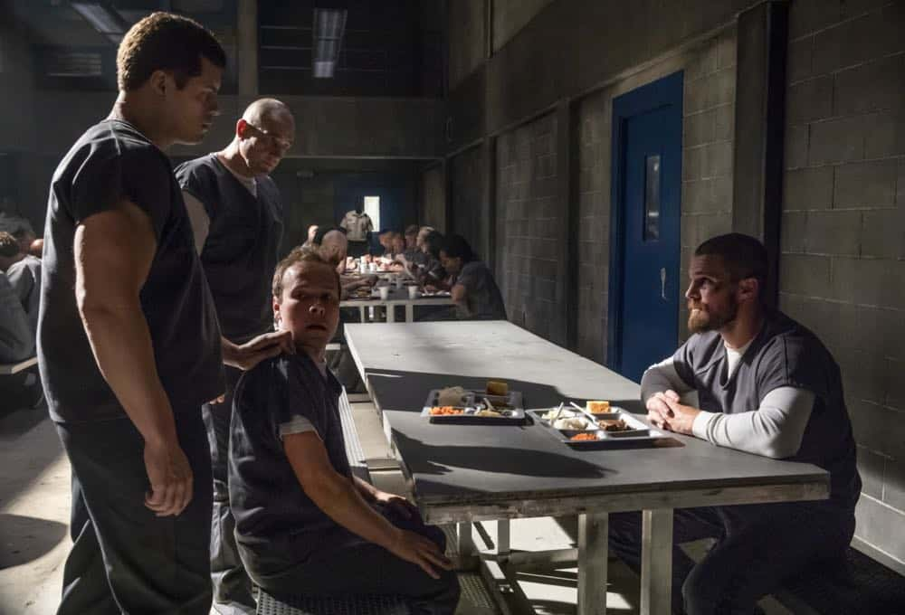 ARROW Season 7 Episode 1 Inmate 4587 14