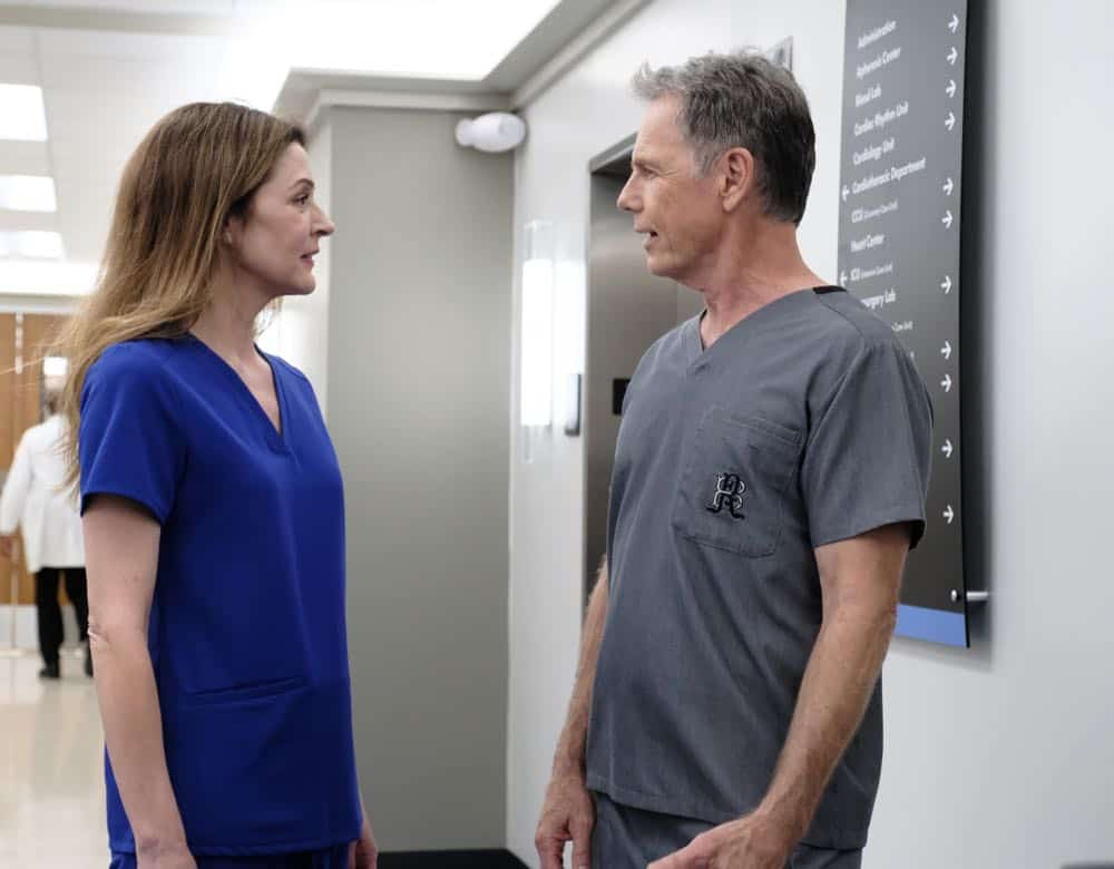 """THE RESIDENT: L-R: Jane Leeves and Bruce Greenwood in the """"About Time"""" episode of THE RESIDENT airing Monday, Oct. 15 (8:00-9:00 PM ET/PT) on FOX. ©2018 Fox Broadcasting Co. Cr: Guy D'AlemaFOX."""