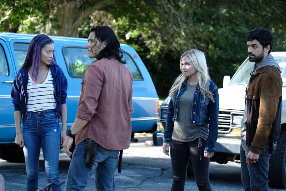 """THE GIFTED: L-R: Jamie Chung, Blair Redford, Natalie Alyn Lind and Sean Teale in the """"outMatched"""" episode of THE GIFTED airing Tuesday, Oct. 16 (8:00-9:00 PM ET/PT) on FOX. ©2018 Fox Broadcasting Co. Cr: Guy D'Alema/FOX."""
