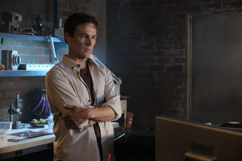 """THE GIFTED: Stephen Moyer in the """"outMatched"""" episode of THE GIFTED airing Tuesday, Oct. 16 (8:00-9:00 PM ET/PT) on FOX. ©2018 Fox Broadcasting Co. Cr: Guy D'Alema/FOX."""