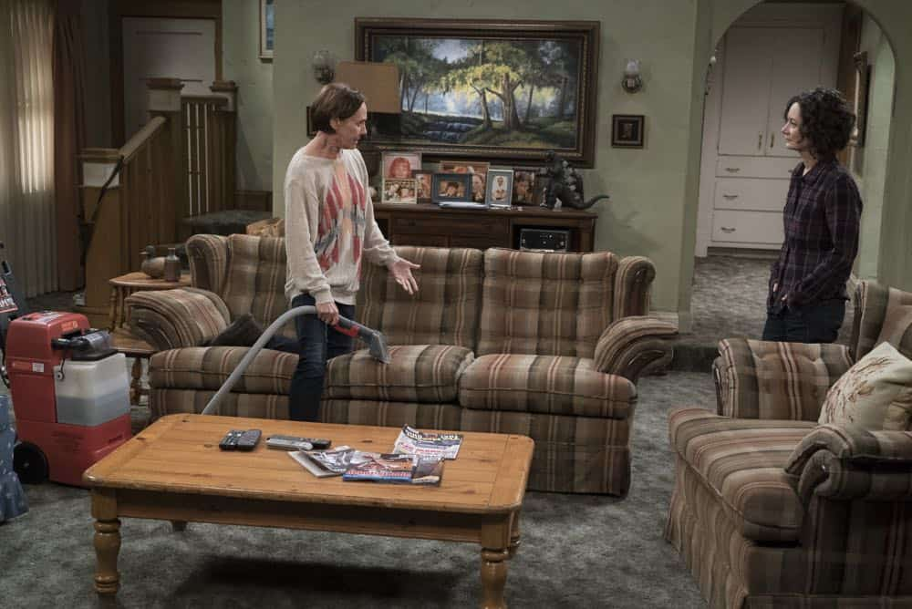THE CONNERS Season 1 Episode 1 Keep On Truckin 34