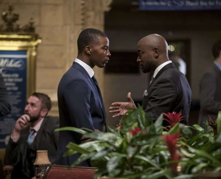 "All American -- ""99 Problems""-- Image Number: ALA102c_0142b.jpg -- Pictured (L-R): Daniel Ezra as Spencer and Taye Diggs as Billy -- Photo: Jesse Giddings/The CW -- © 2018 The CW Network, LLC. All Rights Reserved"
