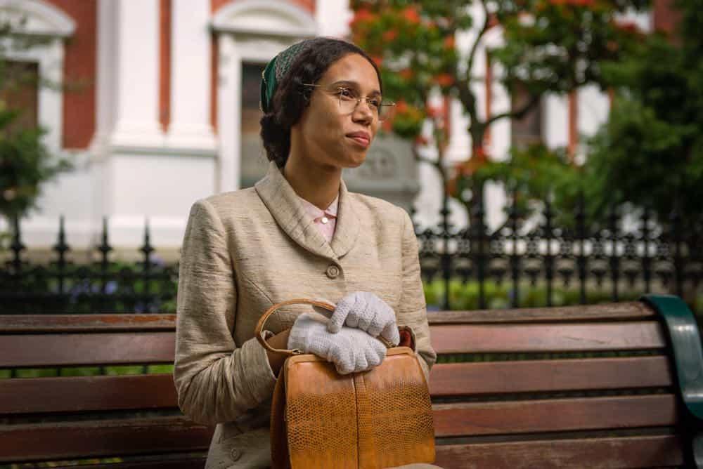 DOCTOR WHO Season 11 Episode 3 Rosa 01