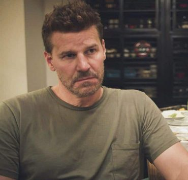 """The Worst of Conditions"" -- After tragedy strikes, Jason is faced with a huge decision regarding his future with Bravo Team, on SEAL TEAM, Wednesday, Oct. 17 (9:00-10:00 PM, ET/PT) on the CBS Television Network. Pictured: David Boreanaz as Jason Hayes. Photo: Screengrab/CBS ©2018 CBS Broadcasting, Inc. All Rights Reserved"