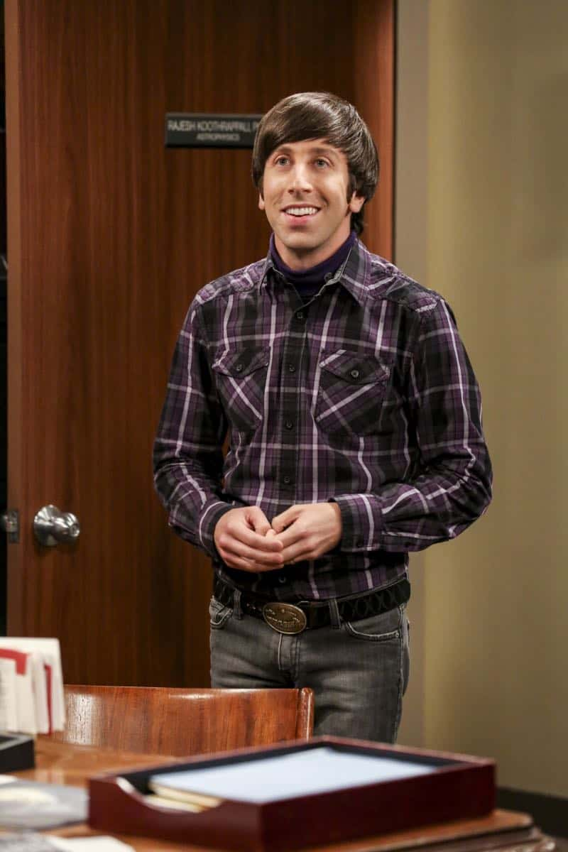 """The Planetarium Collision"" -- Pictured: Howard Wolowitz (Simon Helberg). When Amy doesn't have time to work on super-asymmetry, Sheldon goes to great lengths to ensure she's available to work with him even it if means accidentally sabotaging her career in the process. Also, Koothrappali doesn't want Wolowitz to join him in hosting a show at the planetarium, on THE BIG BANG THEORY, Thursday, Oct. 18 (8:00-8:31 PM, ET/PT) on the CBS Television Network. Emmy Award winner Bob Newhart returns as Arthur Jeffries. Photo: Michael Yarish/Warner Bros. Entertainment Inc. © 2018 WBEI. All rights reserved."