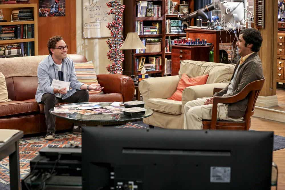 """The Planetarium Collision"" -- Pictured: Leonard Hofstadter (Johnny Galecki) and Rajesh Koothrappali (Kunal Nayyar). When Amy doesn't have time to work on super-asymmetry, Sheldon goes to great lengths to ensure she's available to work with him even it if means accidentally sabotaging her career in the process. Also, Koothrappali doesn't want Wolowitz to join him in hosting a show at the planetarium, on THE BIG BANG THEORY, Thursday, Oct. 18 (8:00-8:31 PM, ET/PT) on the CBS Television Network. Emmy Award winner Bob Newhart returns as Arthur Jeffries. Photo: Michael Yarish/Warner Bros. Entertainment Inc. © 2018 WBEI. All rights reserved."
