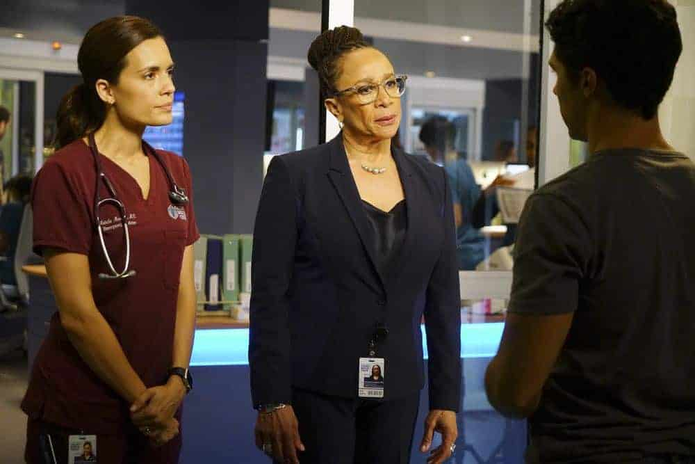 "CHICAGO MED -- ""Backed Against The Wall"" Episode 404 -- Pictured: (l-r) Torrey DeVitto as Natalie Manning, S. Epatha Merkerson as Sharon Goodwin -- (Photo by: Elizabeth Sisson/NBC)"