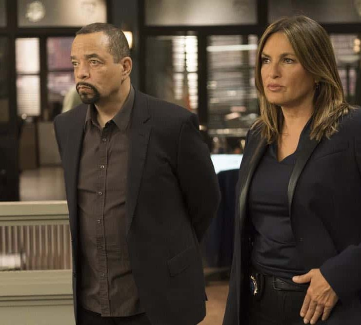 "LAW & ORDER: SPECIAL VICTIMS UNIT -- ""Accredo"" Episode 2005 -- Pictured: (l-r) Ice T as Odafin ""Fin"" Tutuola, Mariska Hargitay as Lieutenant Olivia Benson -- (Photo by: Barbara Nitke/NBC)"