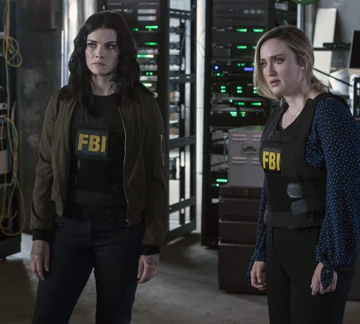 "BLINDSPOT -- ""My Art Project"" Episode 402 -- Pictured: (l-r) Jaimie Alexander as Jane Doe, Ashley Johnson as Patterson -- (Photo by: David Giesbrecht/NBC/Warner Bros.)"