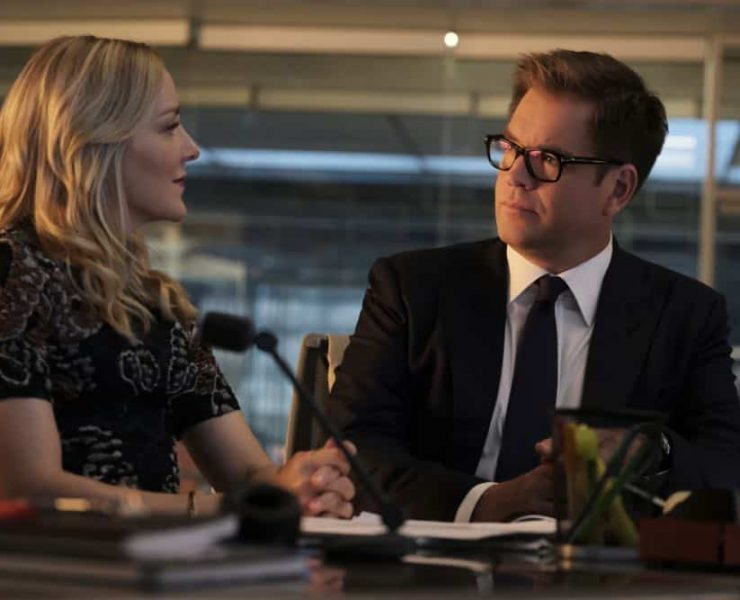 """""""The Missing Piece"""" - Bull joins the defense team of a seemingly unwinnable case when a man he believes is innocent, is put on trial for murder after his submission to a DNA database links him to a homicide. Also, while Bull and Benny work toward selecting jurors who are predisposed to trust their gut instinct rather than incontrovertible evidence, Danny and Mackenzie research whether their client's DNA could have been contaminated, on BULL, Monday, Oct. 22 (10:00-11:00 PM, ET/PT) on the CBS Television Network. Pictured L-R: Geneva Carr as Marissa Morgan and Michael Weatherly as Dr. Jason Bull Photo: Jojo Whilden/CBS ©2018 CBS Broadcasting, Inc. All Rights Reserved"""