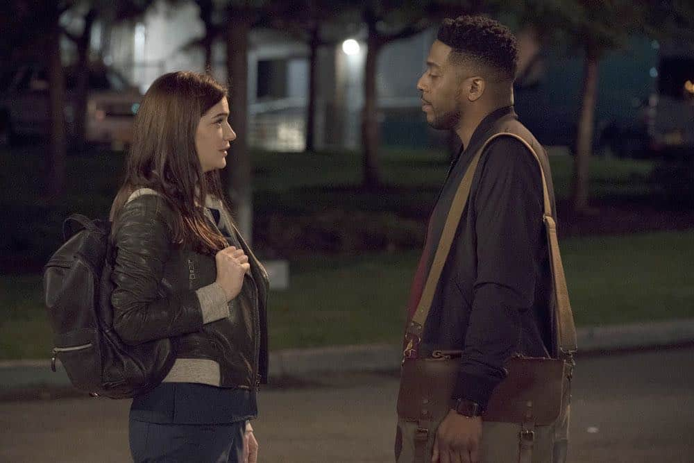 "NEW AMSTERDAM -- ""Cavitation"" Episode 105 -- Pictured: (l-r) Janet Montgomery as Dr. Lauren Bloom, Jocko Sims as Dr. Floyd Reynolds -- (Photo by: Virginia Sherwood/NBC)"