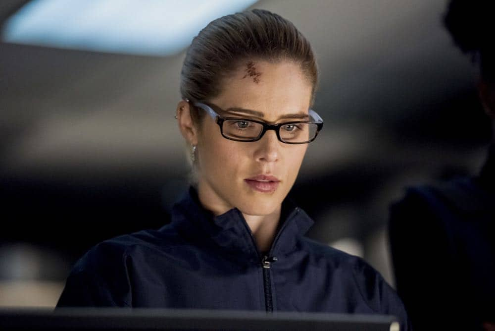 """Arrow -- """"Crossing Lines"""" -- Image Number: AR703b_0176b -- Pictured: Emily Bett Rickards as Felicity Smoak -- Photo: Dean Buscher/The CW -- © 2018 The CW Network, LLC. All Rights Reserved."""