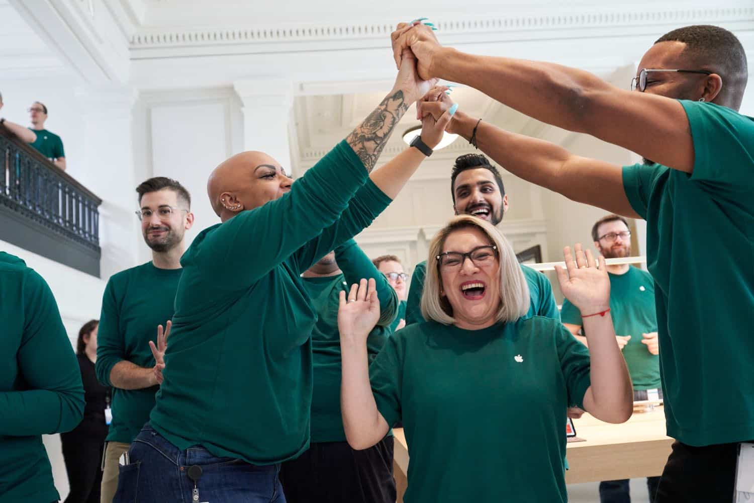 Apple US job footprint expands excited apple team members 081519