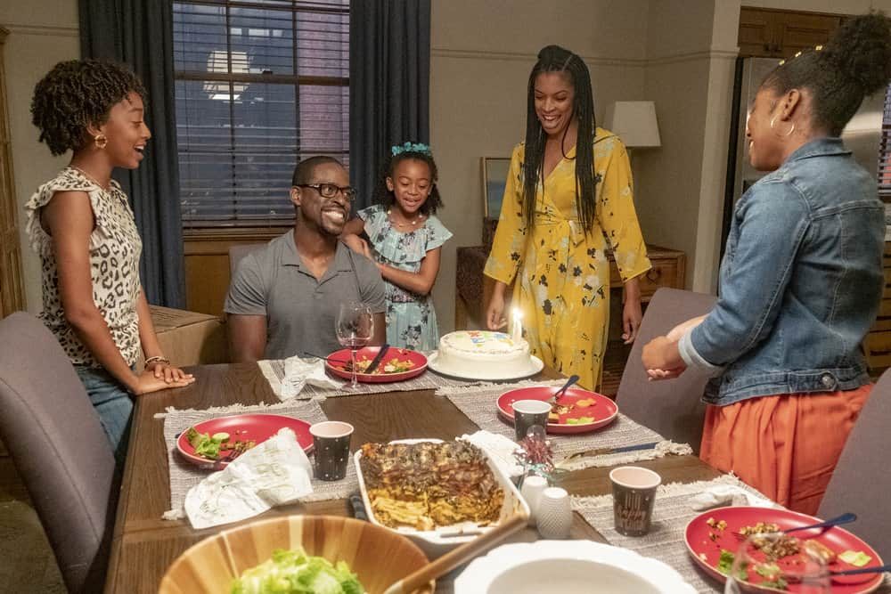 "THIS IS US -- ""Strangers"" Episode 401 -- Pictured: (l-r) Eris Baker as Tess Pearson, Sterling K. Brown as Randall, Faithe Herman as Annie Pearson, Susan Kelichi Watson as Beth Pearson, Lyric Ross as Deja -- (Photo by: Ron Batzdorff/NBC)"