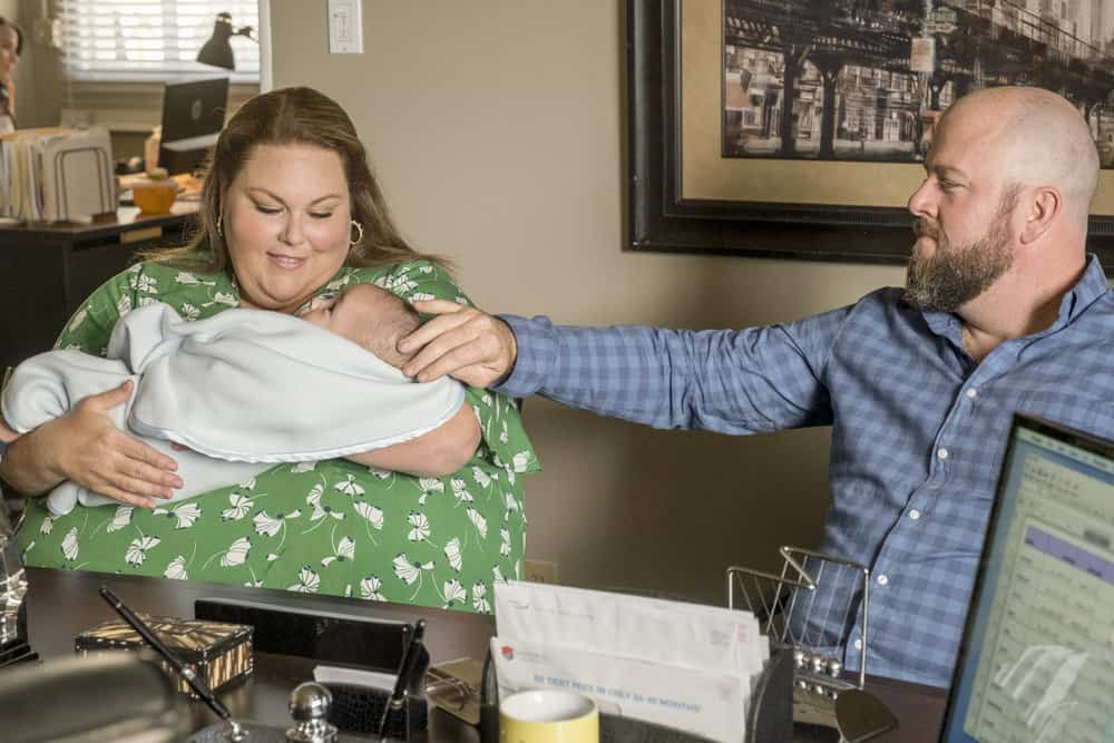 "THIS IS US -- ""Strangers"" Episode 401 -- Pictured: (l-r) Chrissy Metz as Kate, Chriss Sullivan as Toby -- (Photo by: Ron Batzdorff/NBC)"