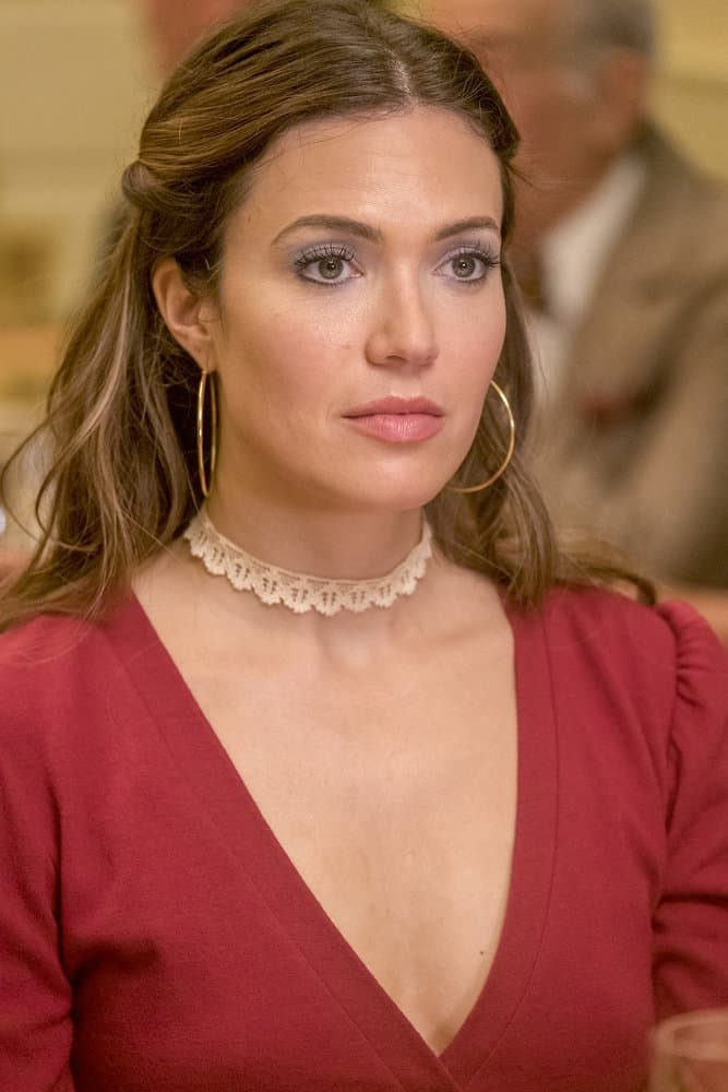 "THIS IS US -- ""Strangers"" Episode 401 -- Pictured: Mandy Moore as Rebecca -- (Photo by: Ron Batzdorff/NBC)"