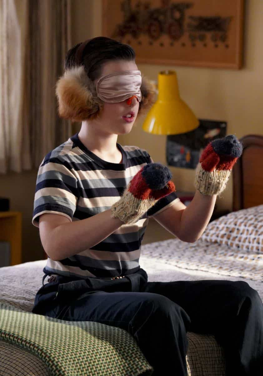 YOUNG SHELDON Season 3 Episode 1 Quirky Eggheads And Texas Snow Globes 06