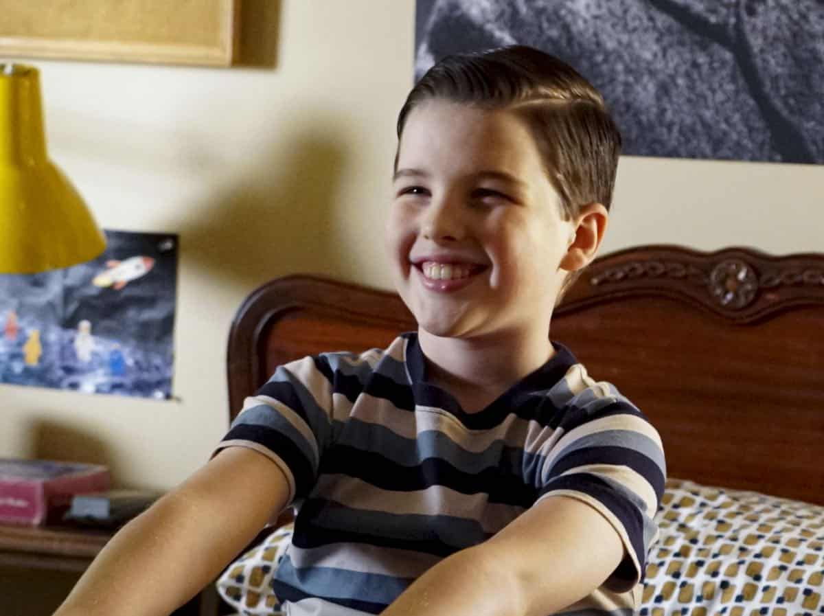 YOUNG SHELDON Season 3 Episode 1 Quirky Eggheads And Texas Snow Globes 05