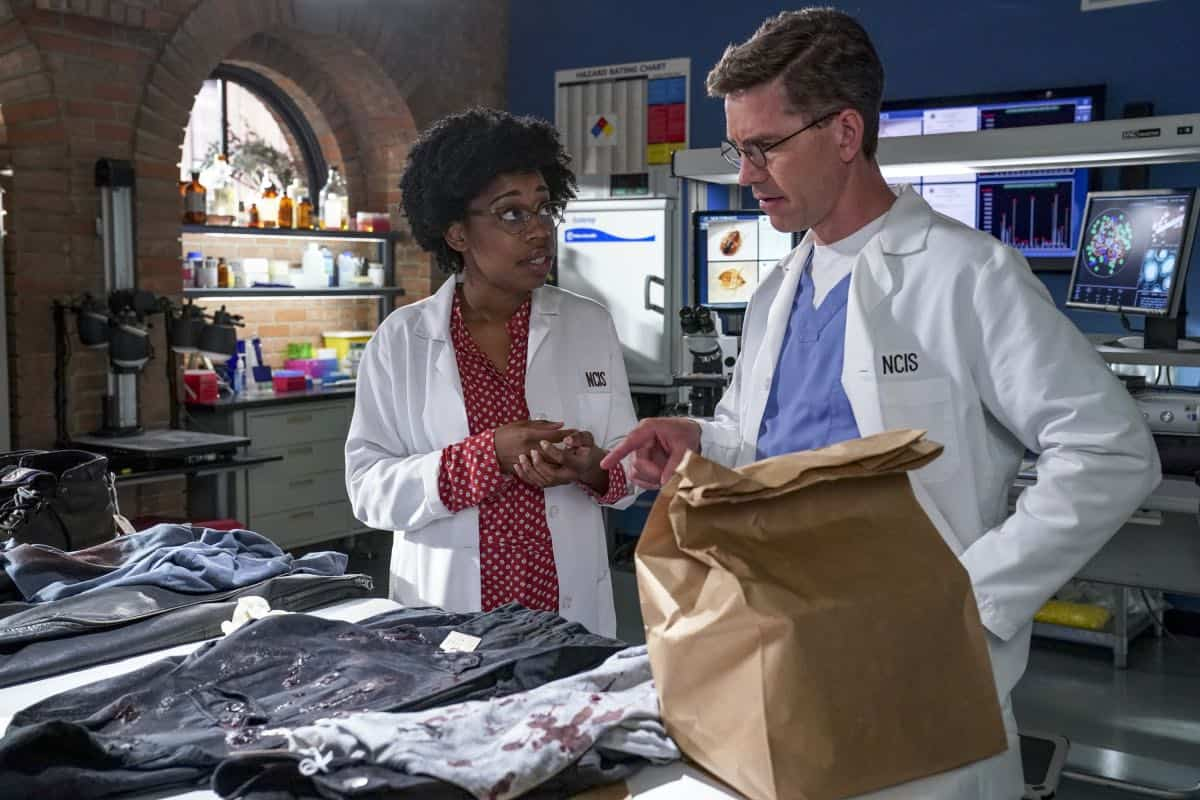 NCIS Season 17 Episode 1 Out Of The Darkness 10