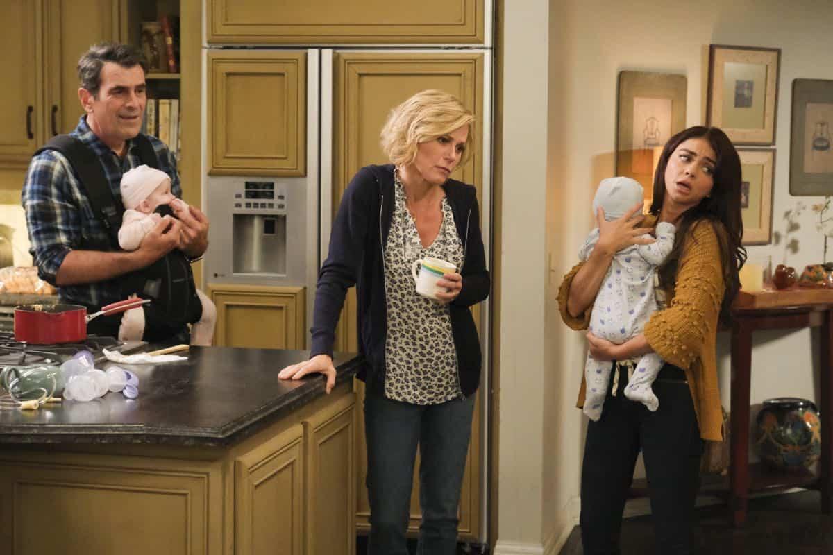 Modern Family Season 11 Episode 1 New Kids On The Block 53