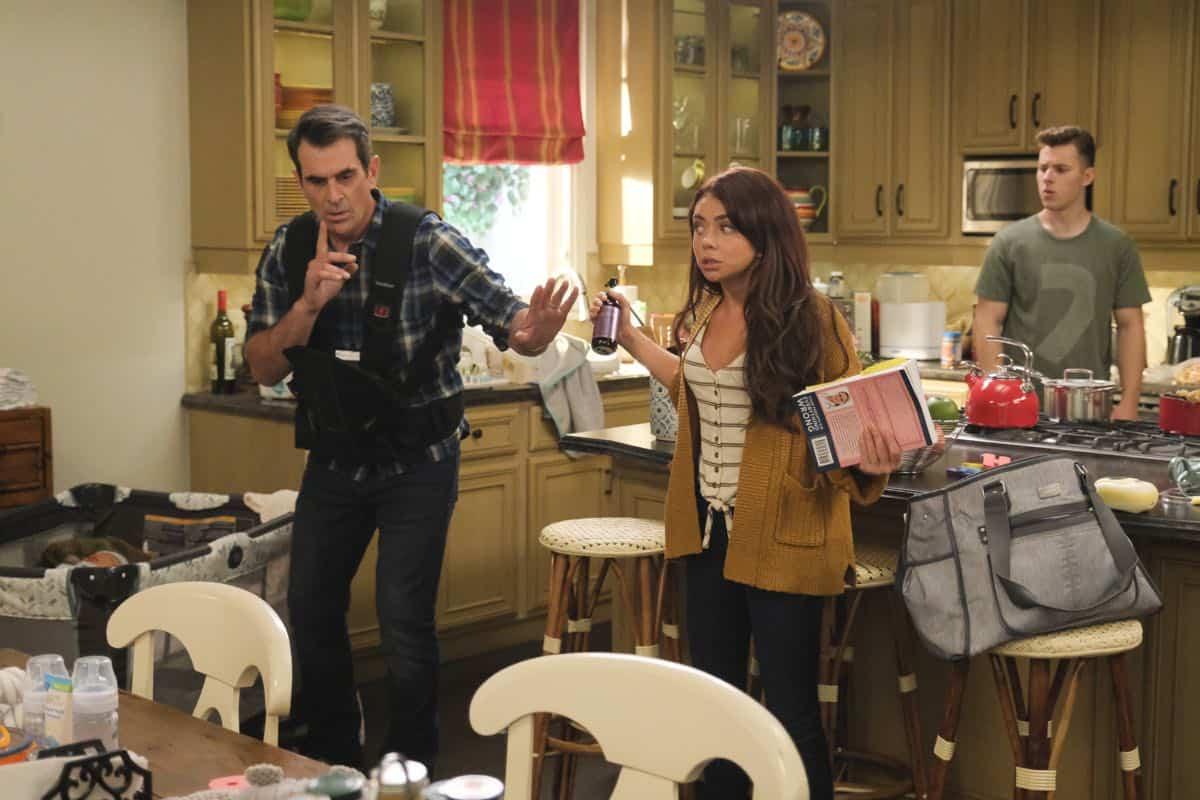 Modern Family Season 11 Episode 1 New Kids On The Block 58