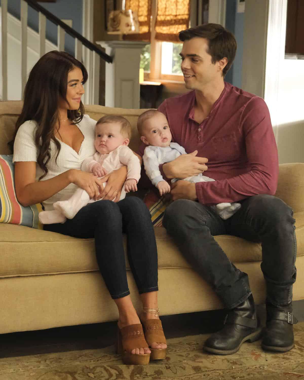 Modern Family Season 11 Episode 1 New Kids On The Block 44