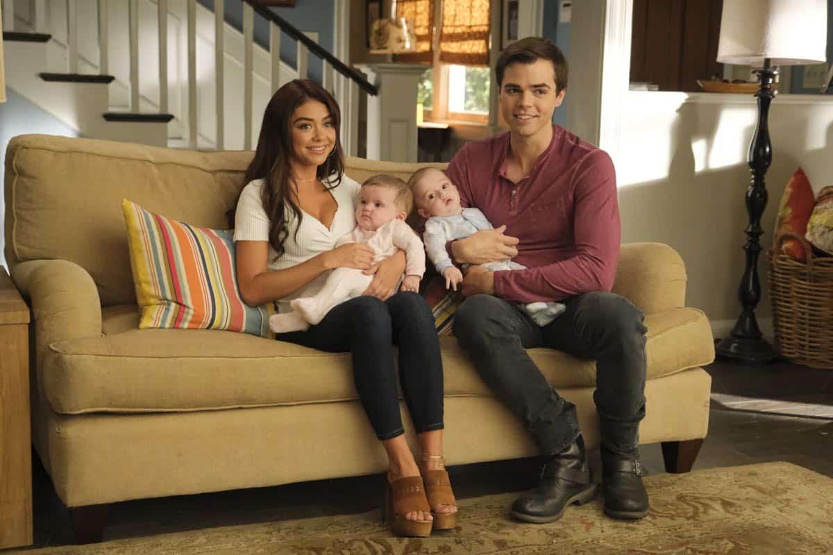 Modern Family Season 11 Episode 1 New Kids On The Block 45