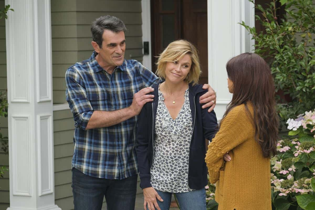 Modern Family Season 11 Episode 1 New Kids On The Block 38