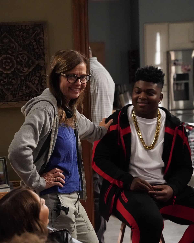 Modern Family Season 11 Episode 1 New Kids On The Block 13
