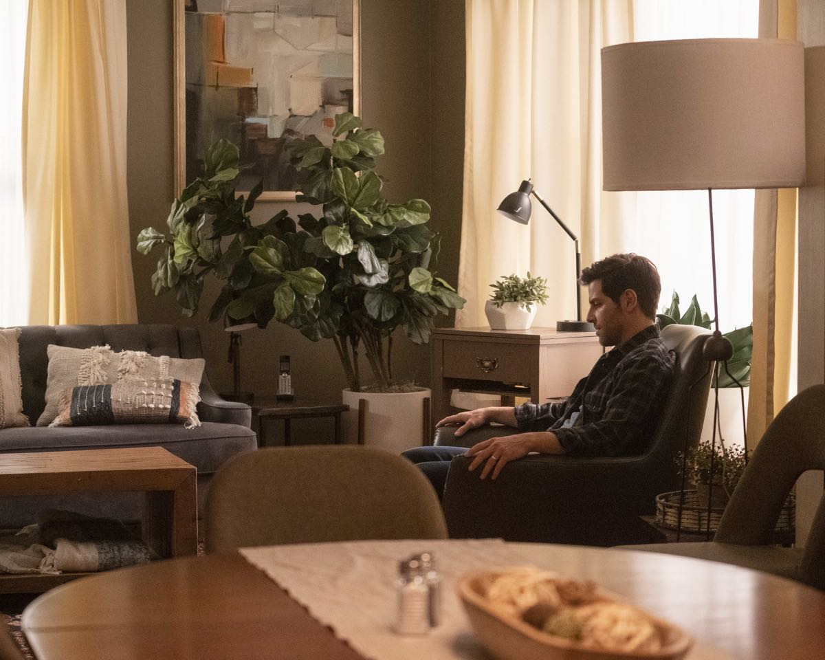A Million Little Things Season 2 Episode 1 Coming Home 11