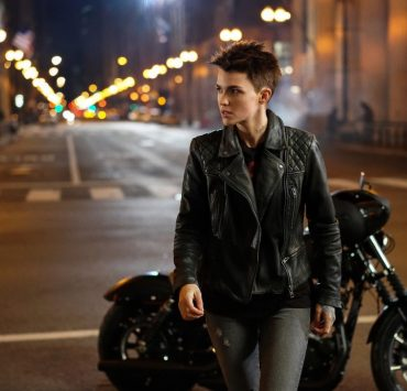 "Batwoman -- ""Pilot"" -- Image Number: BWN101f_0095.jpg -- Pictured: Ruby Rose as Kate Kane -- Photo: Elizabeth Morris/The CW -- © 2019 The CW Network, LLC. All Rights Reserved."