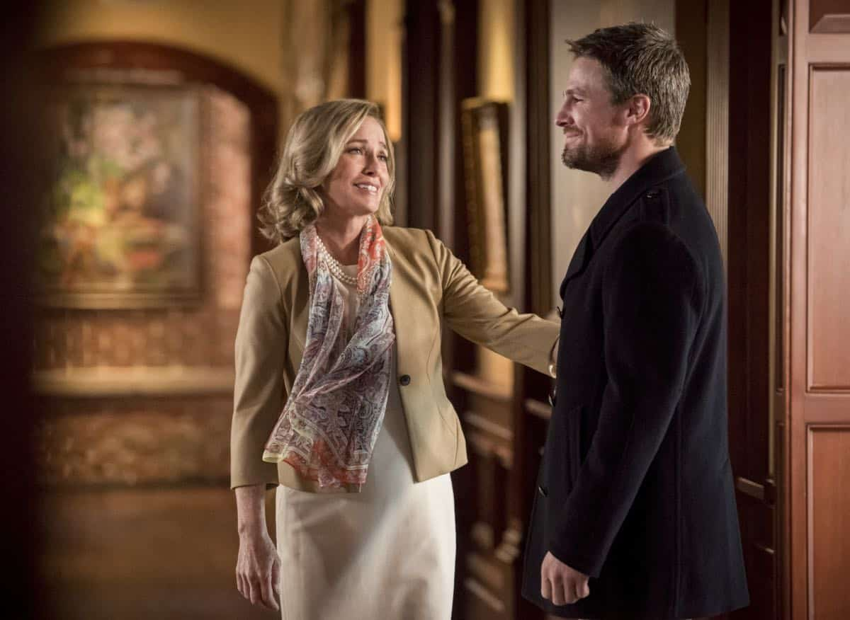 "Arrow -- ""Starling City"" -- Image Number: AR801a_0304b.jpg -- Pictured (L-R): Susanna Thompson as Moira Queen and Stephen Amell as Oliver Queen/Green Arrow -- Photo: Dean Buscher/The CW -- © 2019 The CW Network, LLC. All Rights Reserved."