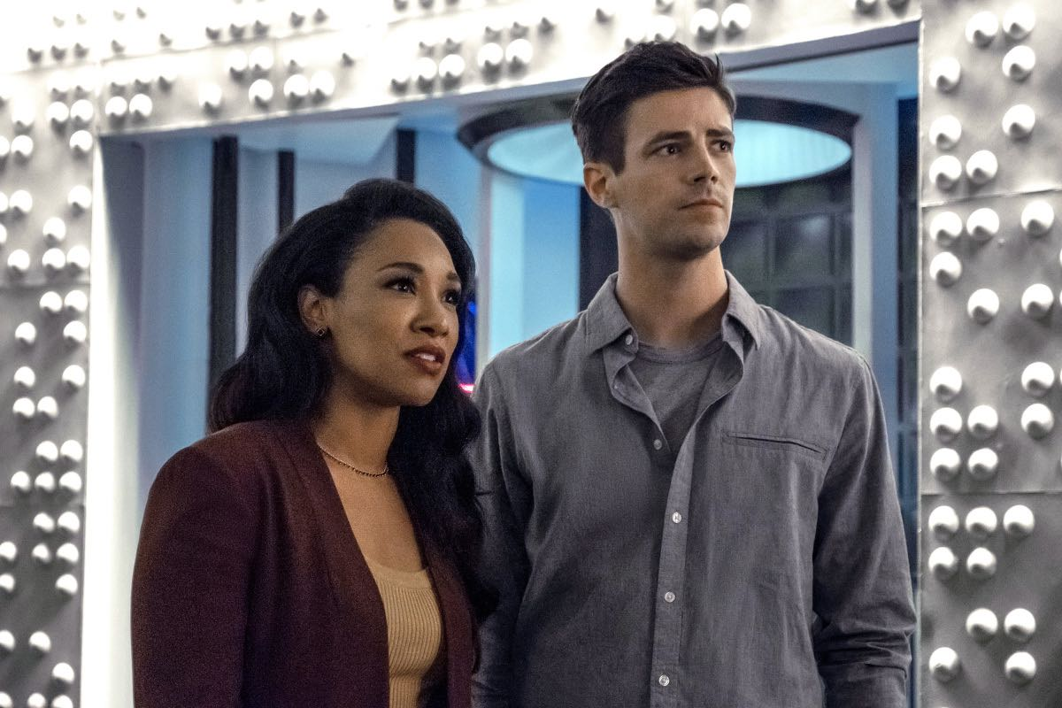 "The Flash -- ""Into The Void"" -- Image Number: FLA601a_0149ra.jpg -- Pictured (L-R): Candice Patton as Iris West - Allen and Grant Gustin as Barry Allen -- Photo: Katie Yu/The CW -- © 2019 The CW Network, LLC. All rights reserved"