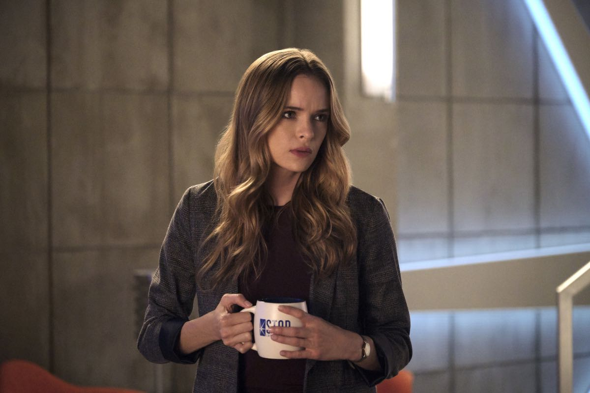 "The Flash -- ""Into The Void"" -- Image Number: FLA601b_0015r.jpg -- Pictured: Danielle Panabaker as Caitlin Snow -- Photo: Jeff Weddell/The CW -- © 2019 The CW Network, LLC. All rights reserved"
