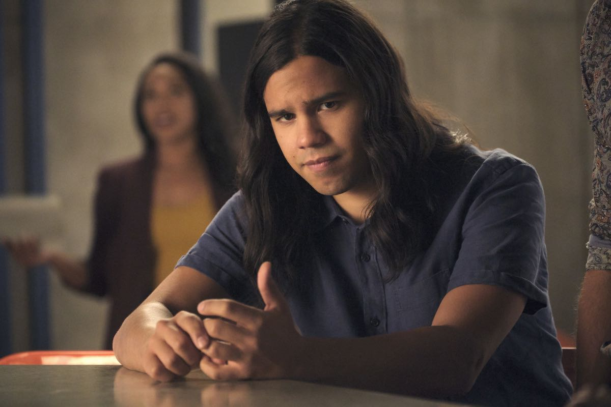 "The Flash -- ""Into The Void"" -- Image Number: FLA601b_0020r.jpg -- Pictured: Carlos Valdes as Cisco Ramon -- Photo: Jeff Weddell/The CW -- © 2019 The CW Network, LLC. All rights reserved"