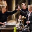 """""""Audrey Hepburn and a Jalepeño Pepper"""" -- While Bonnie struggles to enjoy her perfect honeymoon with Adam, Christy makes some questionable changes at the bar while they're away, on the seventh season premiere of MOM, Thursday, Sept. 26 (9:01-9:30 PM, ET/PT) on the CBS Television Network. Pictured (L-R): Kristen Johnston as Tammy and Anna Faris as Christy Photo: Michael Yarish/CBS ©2019 CBS Broadcasting, Inc. All Rights Reserved"""