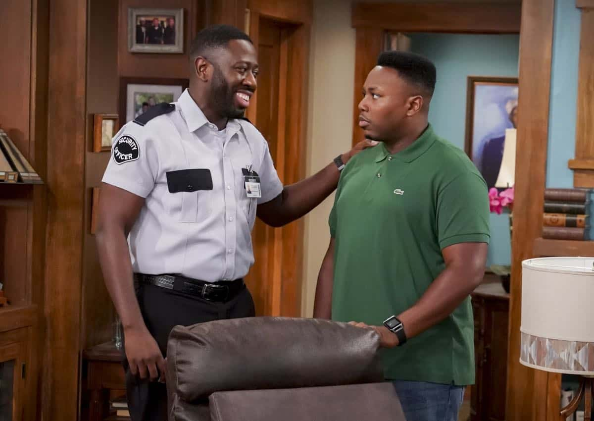 """Welcome to the Re-Rack"" - Pictured: Sheaun McKinney (Malcolm Butler) and Marcel Spears (Marty Butler). One year after the Johnsons moved next door to the Butlers, Dave is eager to take on a bigger role in Calvin's annual Yardecue and prove how much a part of the community he's become. But Calvin's reaction makes it clear that, while the relationship between the two families has grown, the friendship between Calvin and Dave still has a way to go, on the second season premiere of THE NEIGHBORHOOD, Monday, Sept. 23 (8:00-8:30 PM, ET/PT) on the CBS Television Network. Photo: Monty Brinton/CBS ©2019 CBS Broadcasting, Inc. All Rights Reserved."