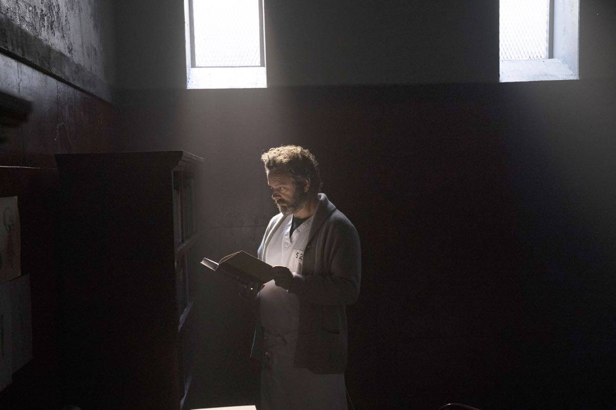 """PRODIGAL SON: Michael Sheen in the """"Annihilator"""" episode of PRODIGAL SON airing Monday, Sept. 30 (9:00-10:00 PM ET/PT) on FOX. © 2019 FOX MEDIA LLC. Cr: Peter Kramer/ FOX."""