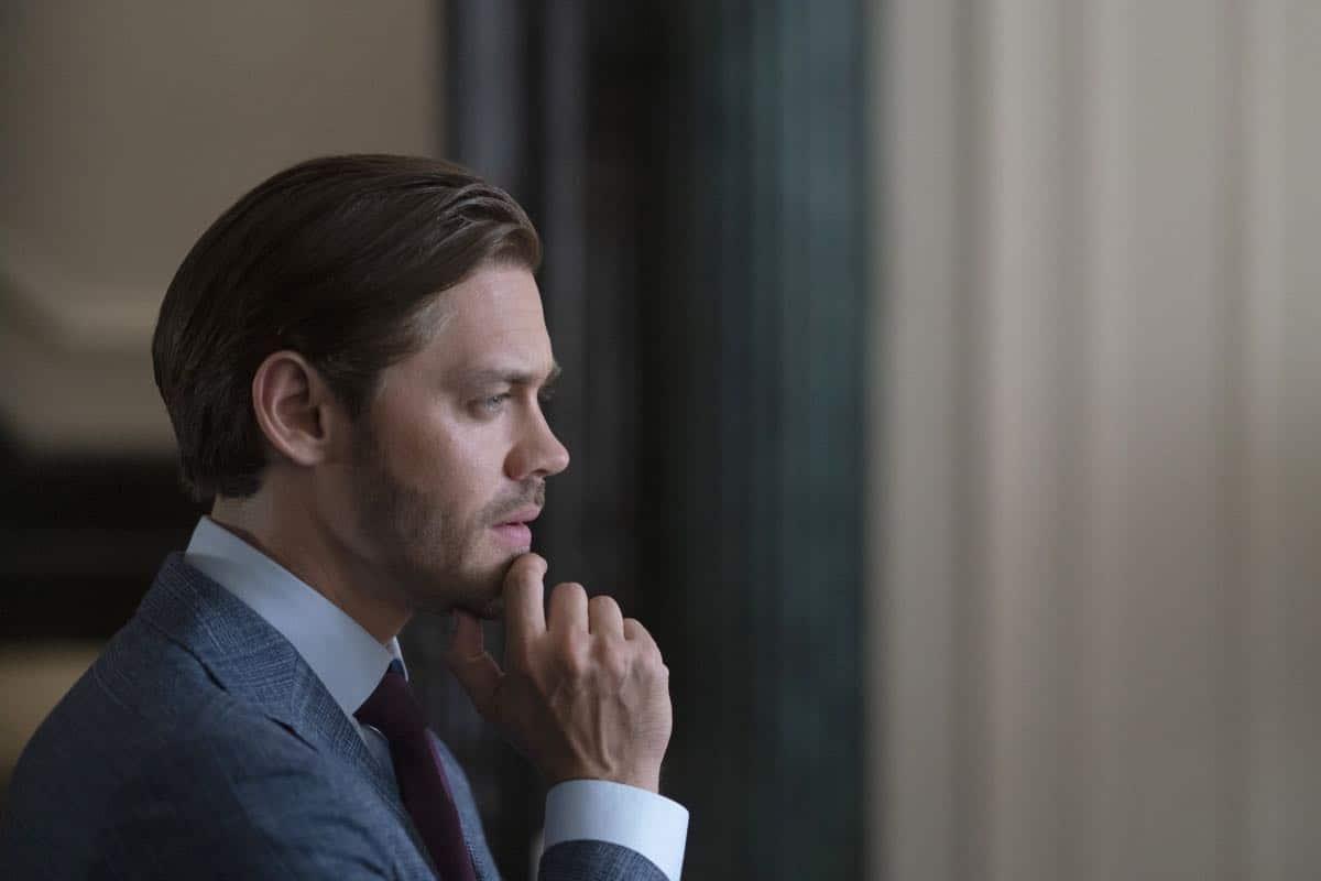 """PRODIGAL SON: Tom Payne in the """"Annihilator"""" episode of PRODIGAL SON airing Monday, Sept. 30 (9:00-10:00 PM ET/PT) on FOX. © 2019 FOX MEDIA LLC. Cr: Peter Kramer/ FOX."""